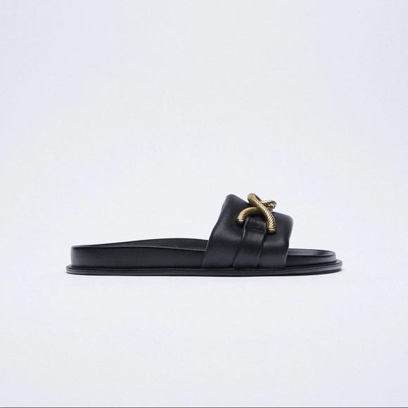 NWOT. Zara Leather Flat Sandals. Size 7.5